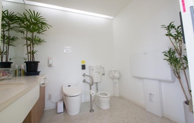 広島県安芸郡海田町の歯科医院「ひまわり歯科」化粧室