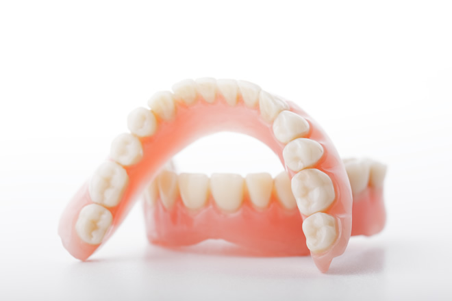 「ひまわり歯科」歯科における審美性の重要性